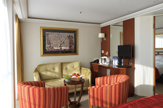 Suite cabin on AmaLyra