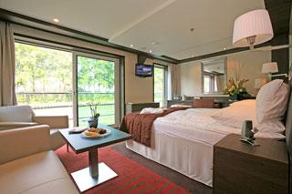 Suite cabin on Avalon Creativity