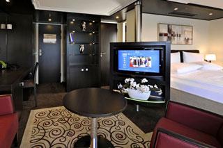 Suite cabin on Avalon Impression