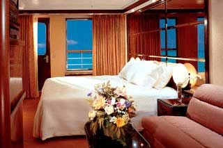 Suite cabin on Carnival Elation