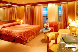 Junior Suite on Carnival Conquest