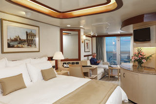 Suite cabin on Queen Elizabeth