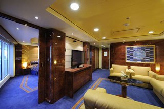 Suite cabin on MSC Divina