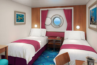 Mid-Ship Oceanview Porthole on Norwegian Dawn