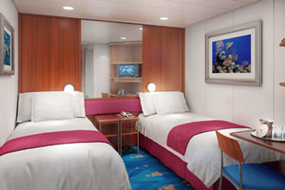 Inside cabin on Norwegian Jewel