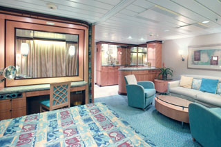 Grand Suite with Balcony on Explorer of the Seas