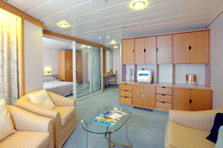 Royal Family Suite with Balcony on Enchantment of the Seas