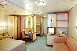 Family Oceanview Stateroom on Vision of the Seas