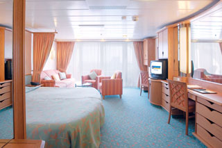Junior Suite with Balcony on Voyager of the Seas