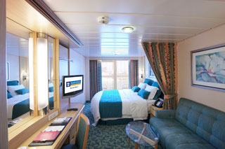 Deluxe Oceanview Stateroom with Balcony on Freedom of the Seas