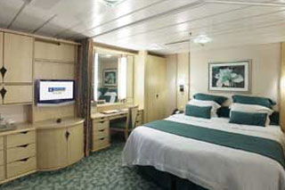 Family Interior Stateroom on Freedom of the Seas
