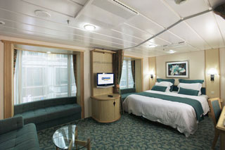 Promenade Family Stateroom on Freedom of the Seas