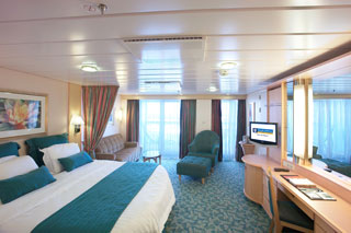 Junior Suite with Balcony on Freedom of the Seas