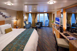 Junior Suite with Balcony on Oasis of the Seas