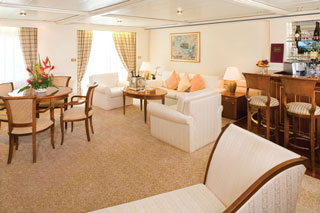 Suite cabin on Silver Whisper