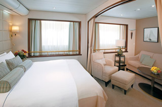 Suite cabin on Wind Surf