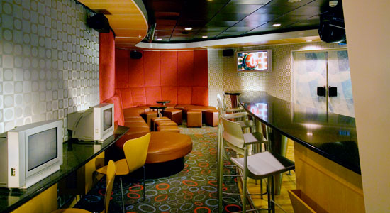 Club O2 on Carnival Conquest