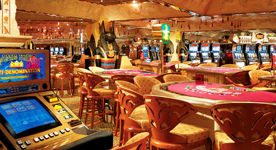 CamelClubCasino on Carnival Glory