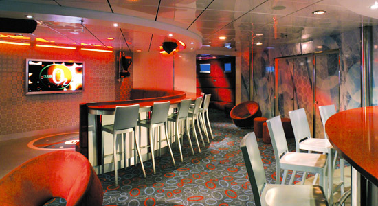 Club O2 on Carnival Inspiration