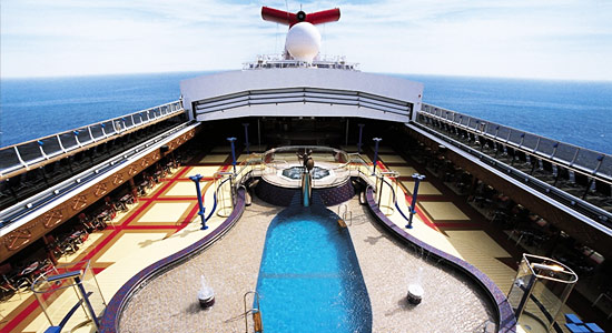 Sirens Forward Pool on Carnival Miracle