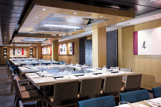 Teppanyaki on Norwegian Epic