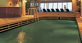 Lap Pool And Jacuzzi on Norwegian Dawn