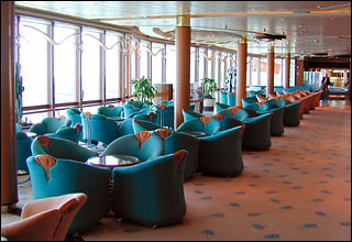Singin' in the Rain Lounge on Grandeur of the Seas