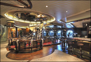 Schooner Bar on Legend of the Seas
