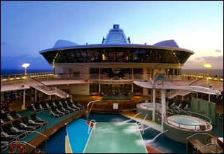 Pool on Serenade of the Seas