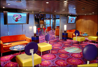 The Living Room on Freedom of the Seas