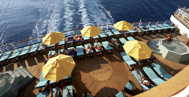Serenity on Carnival Fascination